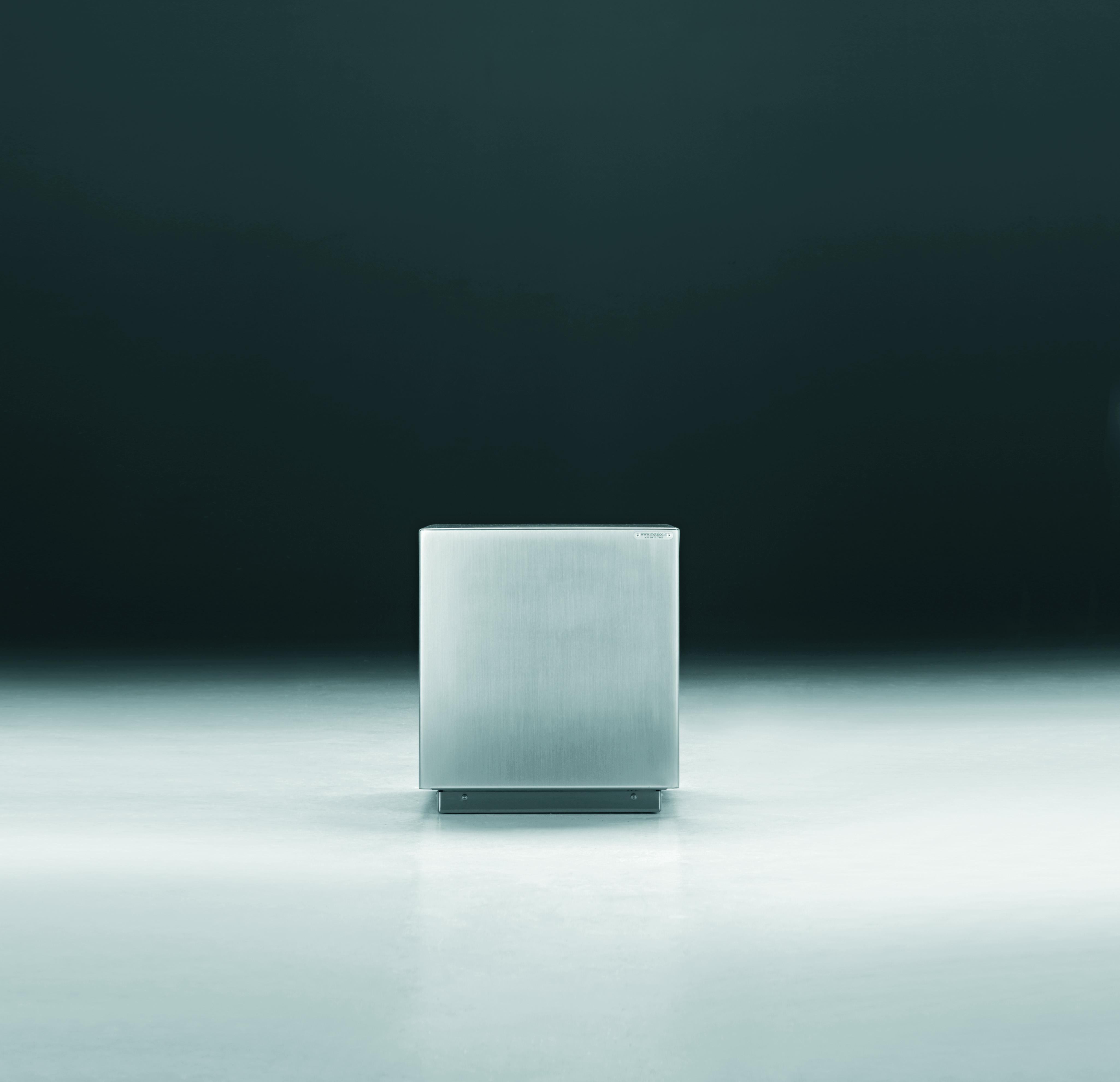 Cube Inox Poller
